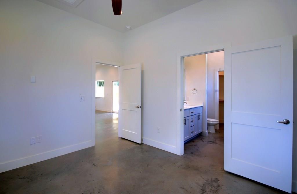 Sold Property | 7208 Carver ave #B Austin, TX 78752 21