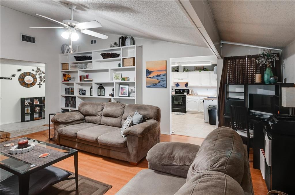 Sold Property | 5002 Lewis Trail Grand Prairie, Texas 75052 10