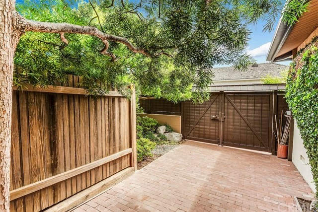 Closed | 15 Margate Sq.  Palos Verdes Estates, CA 90274 26