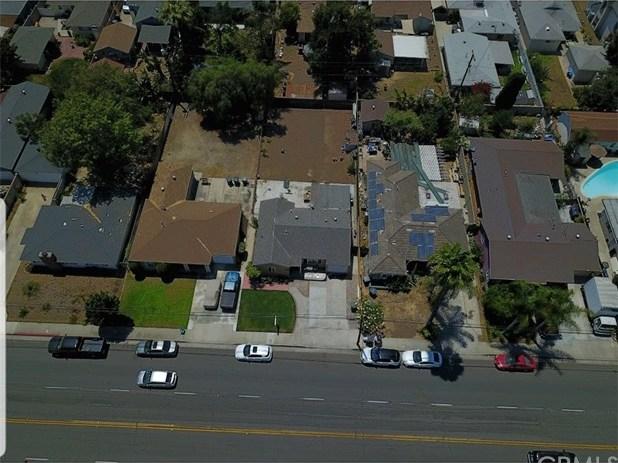 Off Market | 420 N Batavia Street Orange, CA 92868 15