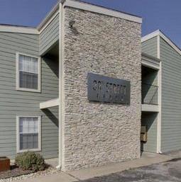 Leased | 301 W 38th ST #109 Austin, TX 78705 8