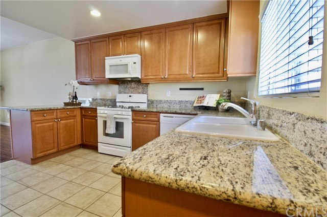 Closed | 2848 Green River Road #103 Corona, CA 92882 3