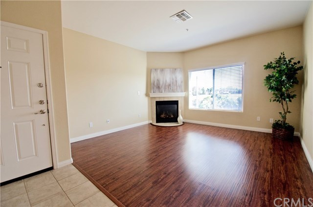 Closed | 2848 Green River Road #103 Corona, CA 92882 5