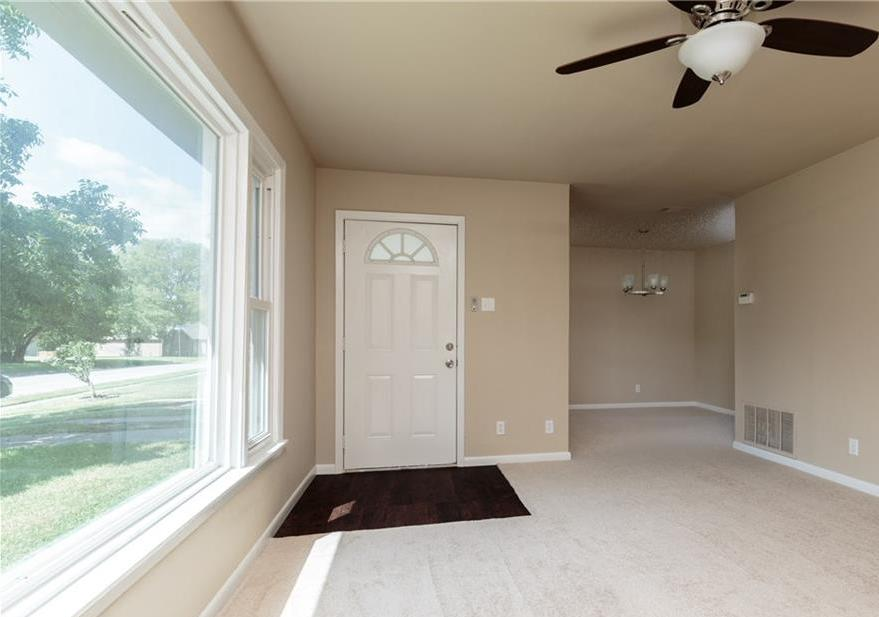 Sold Property | 5005 Melissa Street Haltom City, Texas 76117 10