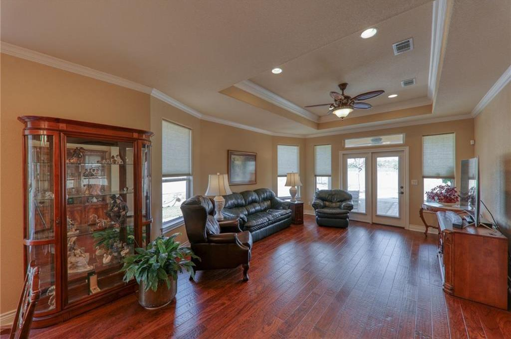 Active | 21118 Highland Lake Drive #1 Lago Vista, TX 78645 13