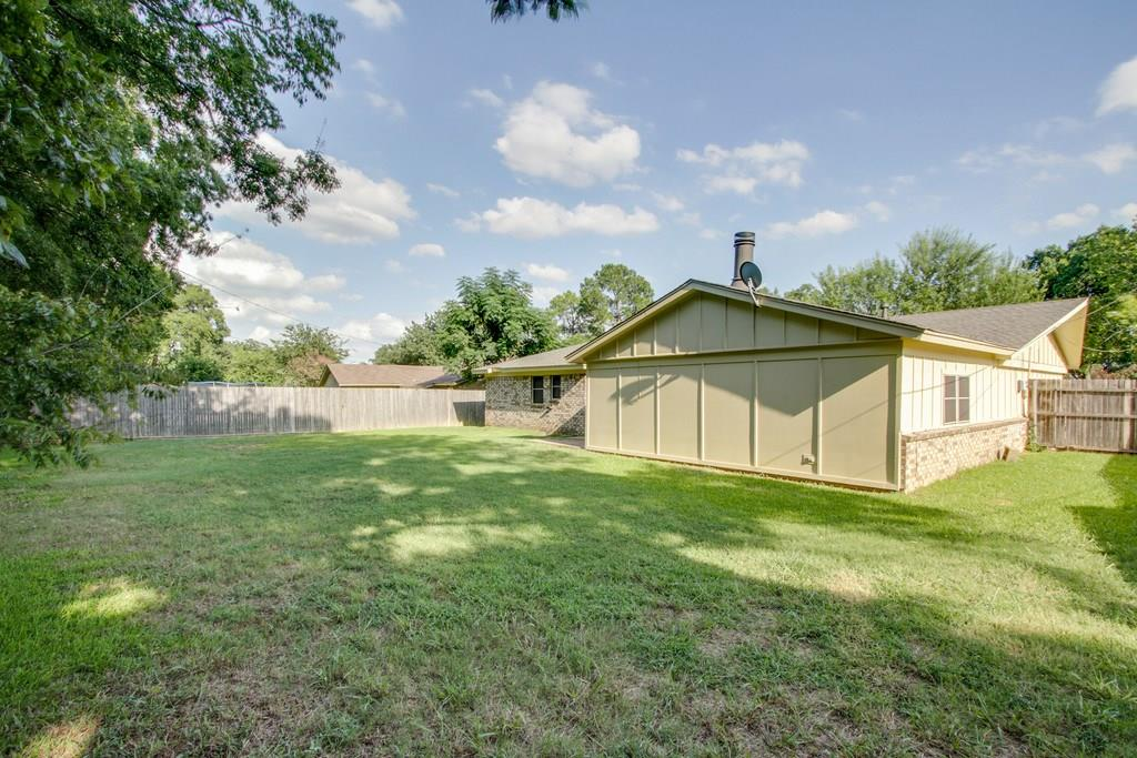 Sold Property | 209 Town Creek Drive Euless, Texas 76039 27