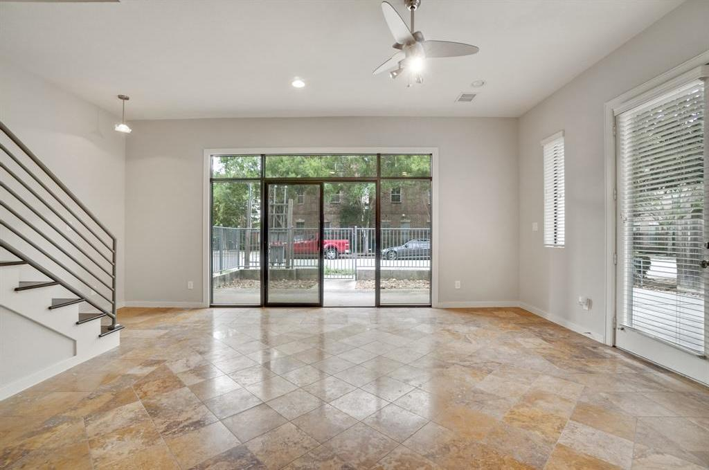 Active | 208 Detering Street #A Houston, Texas 77007 7