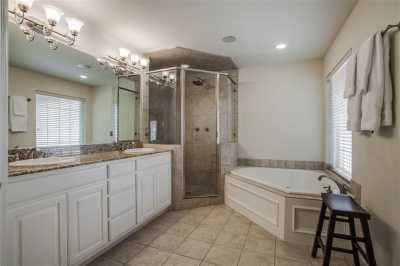 Sold Property | 3939 Travis Street Dallas, Texas 75204 19