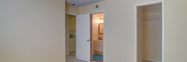 Closed   5656 Riviera Avenue Banning, CA 92220 34