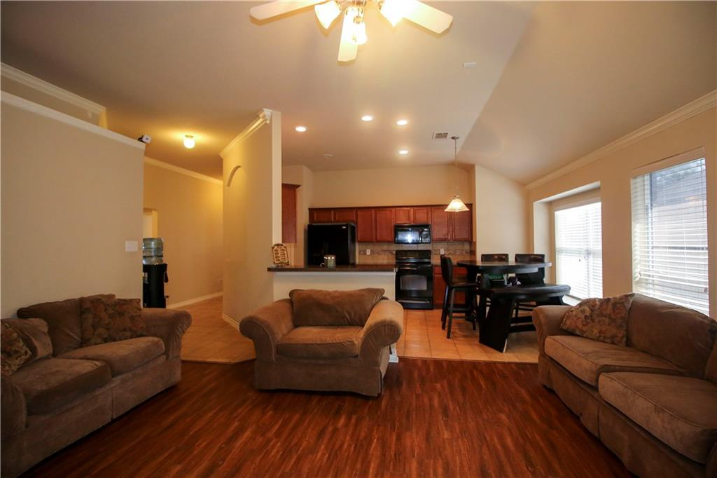 Sold Property | 804 Coppin Drive Fort Worth, Texas 76120 10