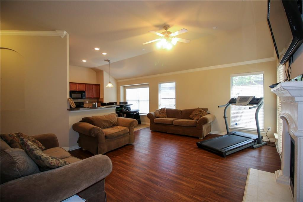 Sold Property | 804 Coppin Drive Fort Worth, Texas 76120 11