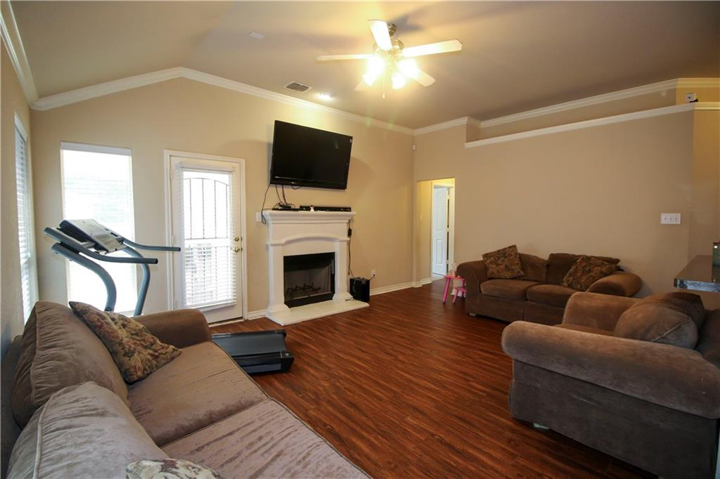 Sold Property | 804 Coppin Drive Fort Worth, Texas 76120 12