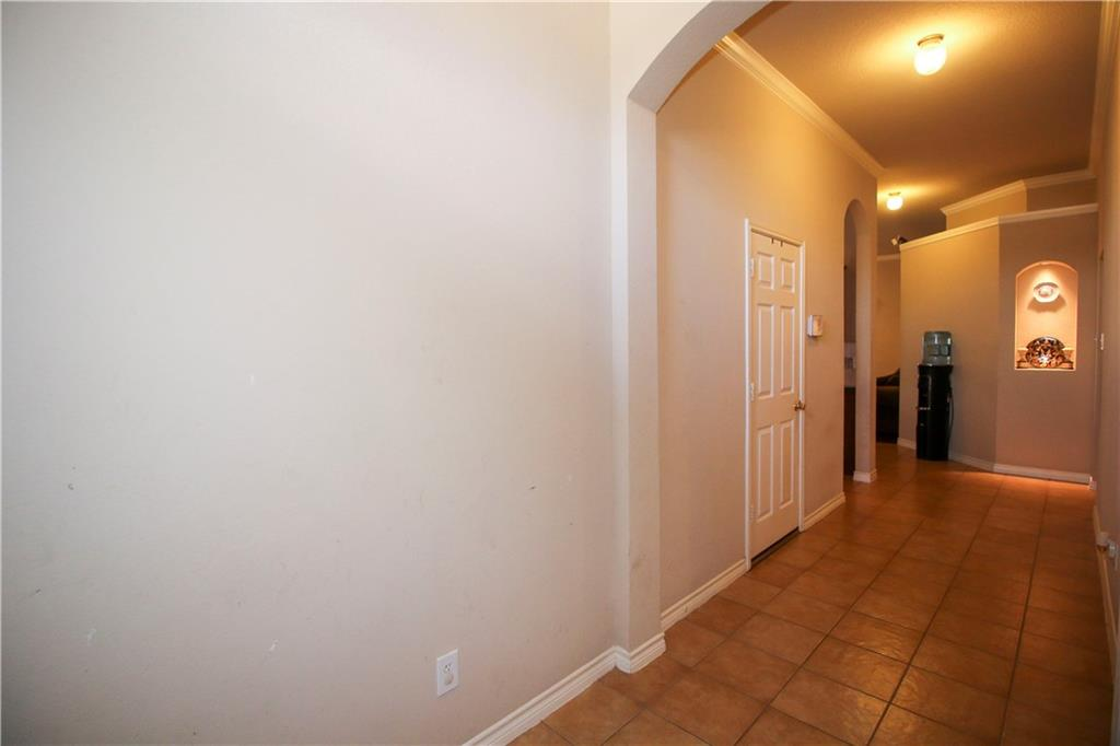 Sold Property | 804 Coppin Drive Fort Worth, Texas 76120 3