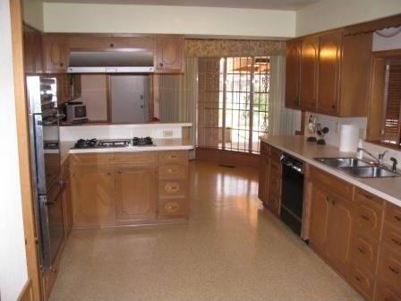 Sold Property | 422 Peavy Road Dallas, Texas 75218 10