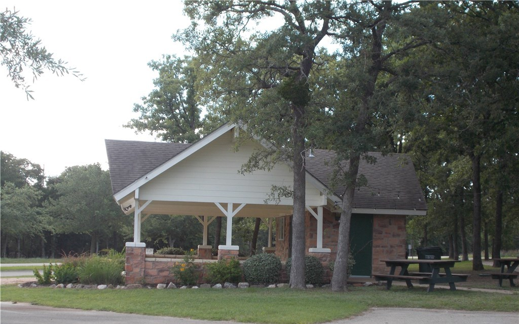 Sold Property | 101 Sycamore Trail Elgin, TX 78621 4
