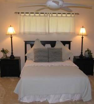 Sold Property   6866 Burwood Lane Dallas, Texas 75214 12