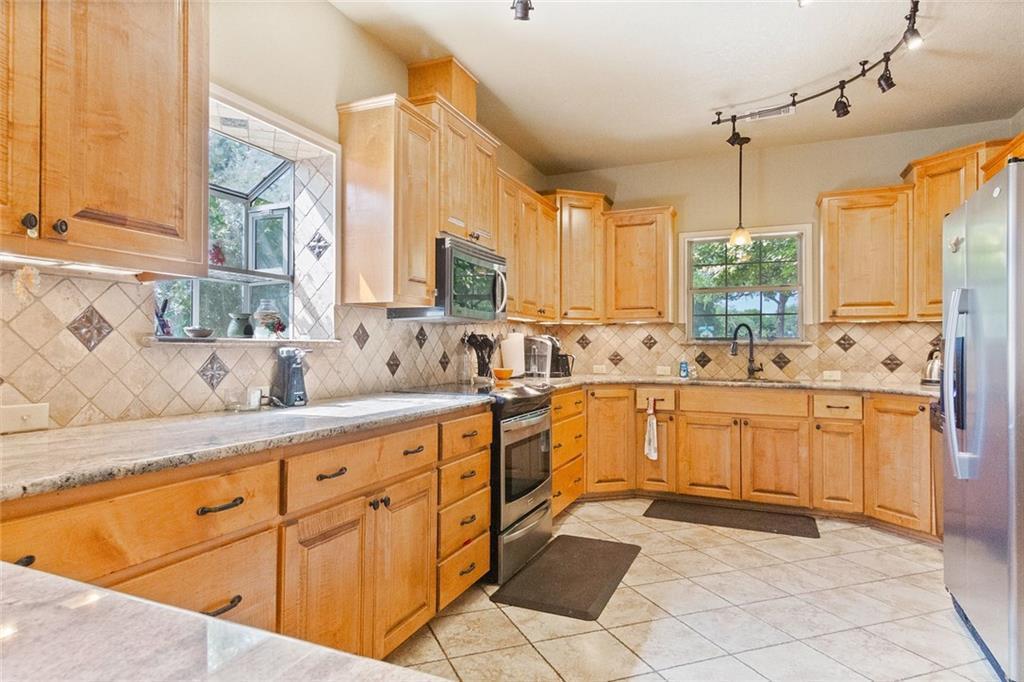 Sold Property | 733 Mountain View Drive San Marcos, TX 78666 0