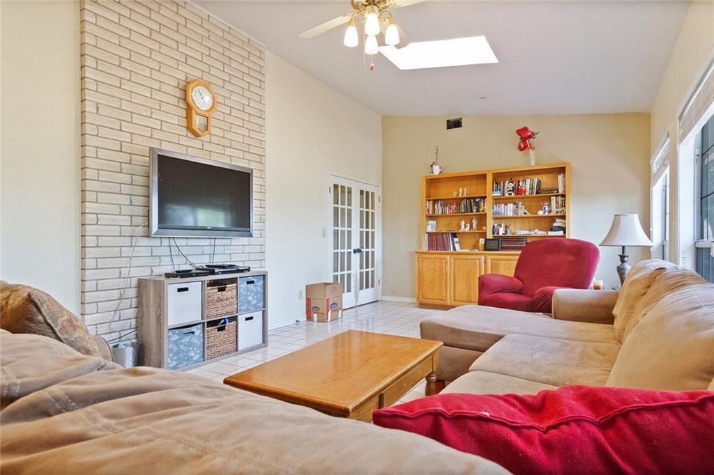 Sold Property | 733 Mountain View Drive San Marcos, TX 78666 17