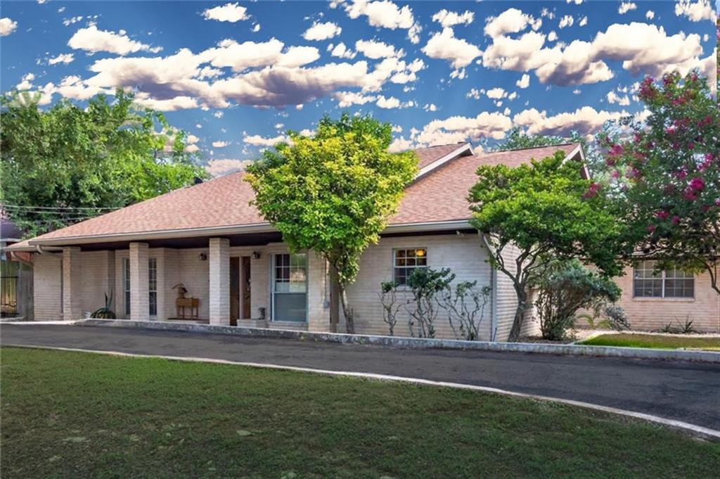 Sold Property | 733 Mountain View Drive San Marcos, TX 78666 2