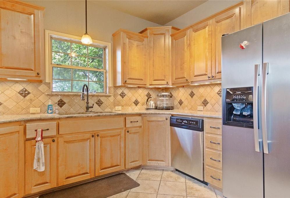 Sold Property | 733 Mountain View Drive San Marcos, TX 78666 3