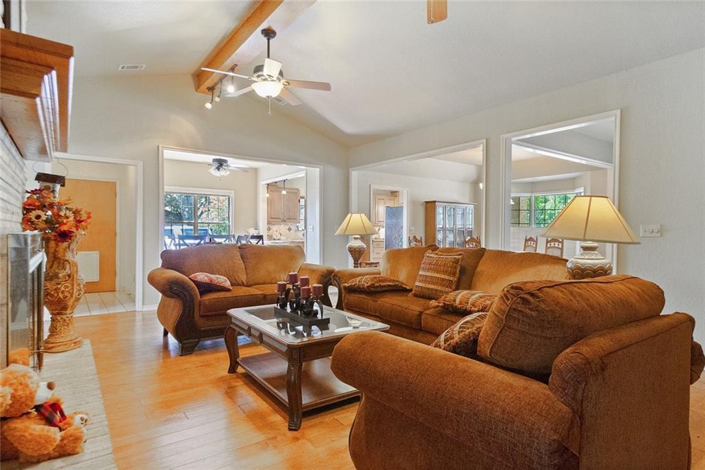 Sold Property | 733 Mountain View Drive San Marcos, TX 78666 6