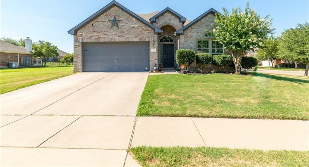 Sold Property | 7555 Fresh Springs Road Fort Worth, Texas 76120 1