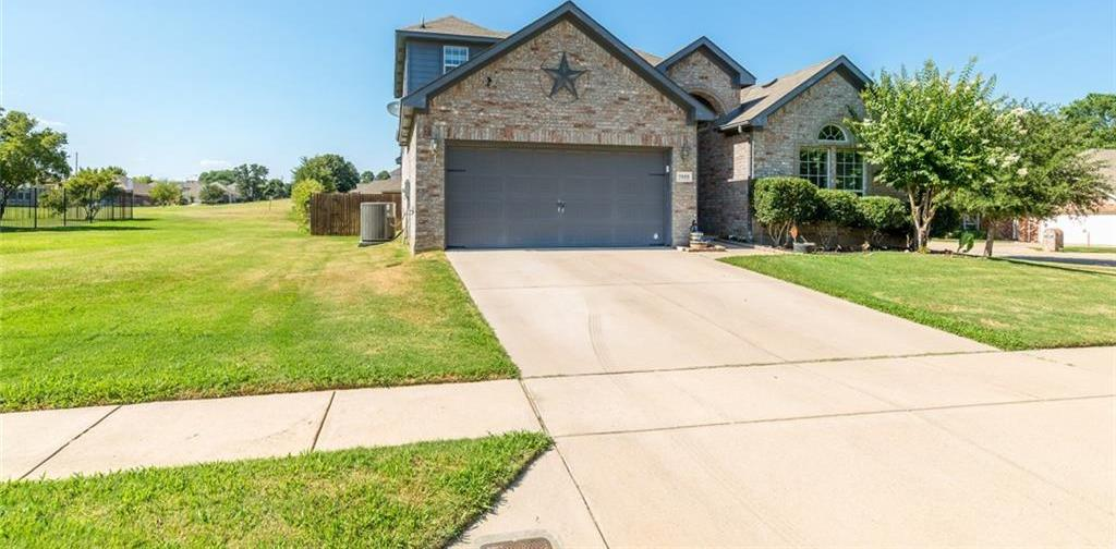 Sold Property | 7555 Fresh Springs Road Fort Worth, Texas 76120 3