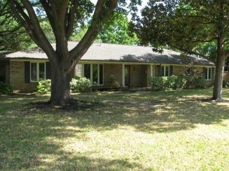 Sold Property | 7198 W Circle Drive Dallas, Texas 75214 0