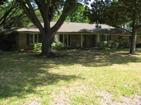 Sold Property | 7198 W Circle Drive Dallas, Texas 75214 1