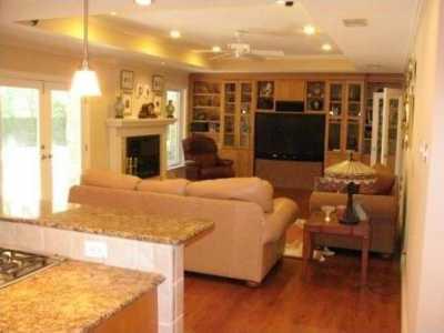 Sold Property | 7198 W Circle Drive 3