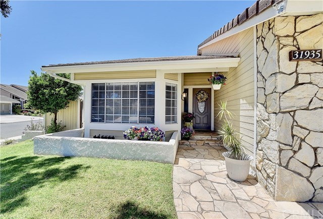 Closed | 31935 Mill Stream Road Rancho Santa Margarita, CA 92679 2