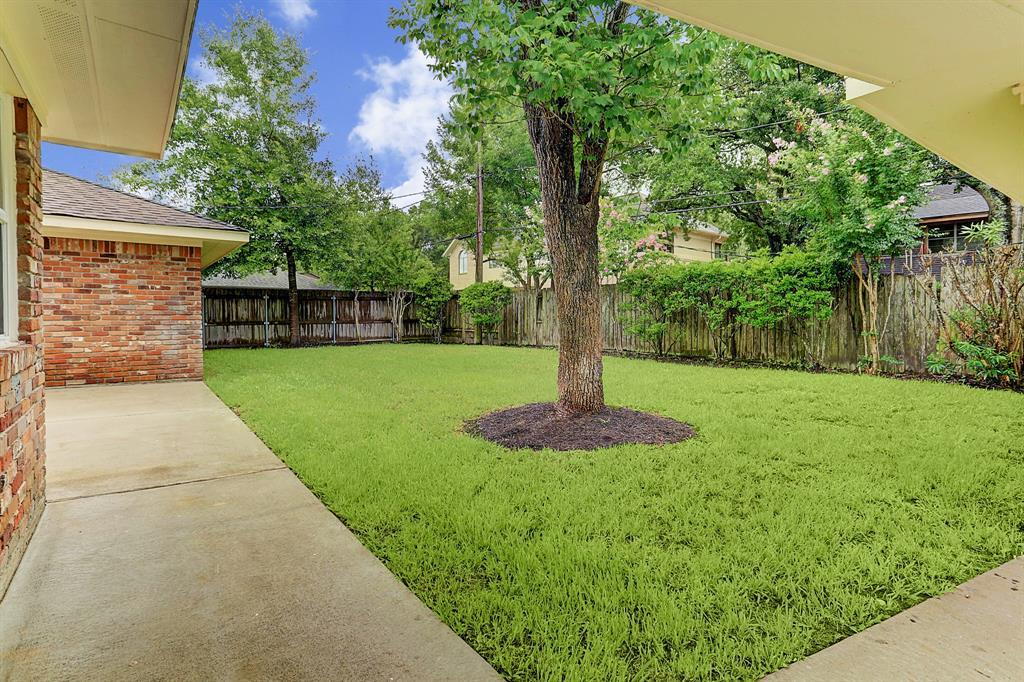 Leased | 5235 Ariel Street Houston, Texas 77096 21