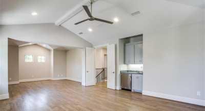 Sold Property   6225 Mccommas Boulevard Dallas, Texas 75214 11