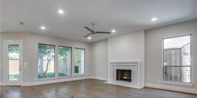 Sold Property   6225 Mccommas Boulevard Dallas, Texas 75214 3
