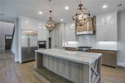Sold Property   6225 Mccommas Boulevard Dallas, Texas 75214 6