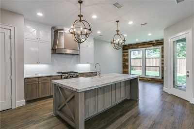 Sold Property   6225 Mccommas Boulevard Dallas, Texas 75214 7