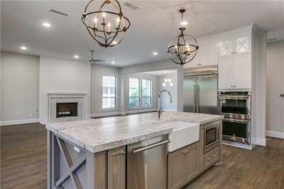 Sold Property   6225 Mccommas Boulevard Dallas, Texas 75214 8