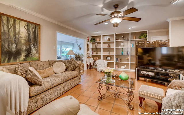 Marymont, In-Ground swimming pool, fireplace, Alamo Hights | 9206 VILLAGE DR  San Antonio, TX 78217 5