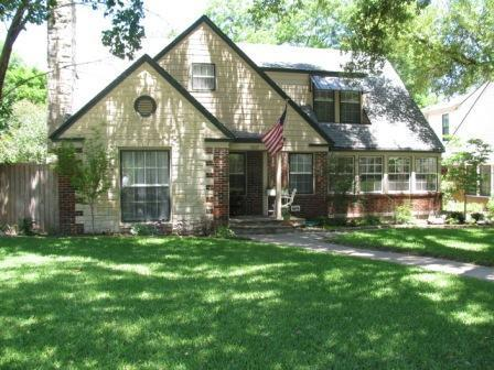 Sold Property | 7017 Meadow Lake Avenue Dallas, Texas 75214 1