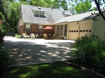 Sold Property | 7017 Meadow Lake Avenue Dallas, Texas 75214 19