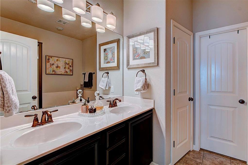 Sold Property | 9621B Solana Vista LOOP #B Austin, TX 78750 20