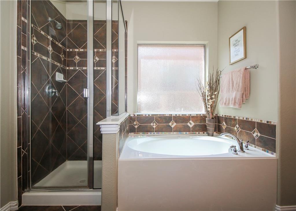 Sold Property   433 Bristol Street Roanoke, Texas 76262 12