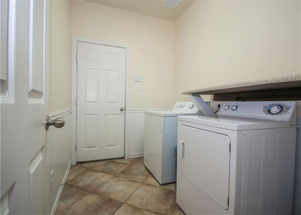 Sold Property   433 Bristol Street Roanoke, Texas 76262 25