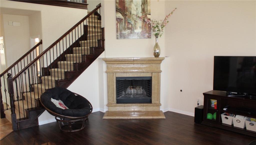 Sold Property   433 Bristol Street Roanoke, Texas 76262 5