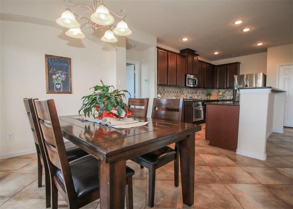Sold Property   433 Bristol Street Roanoke, Texas 76262 7