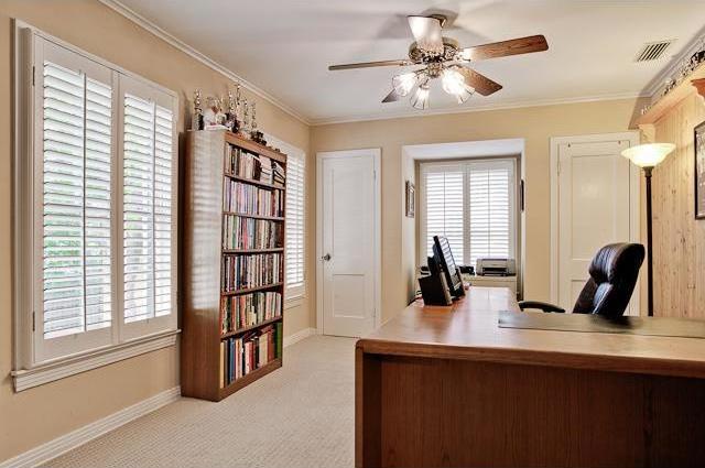 Sold Property   6616 Lakewood Boulevard Dallas, Texas 75214 15