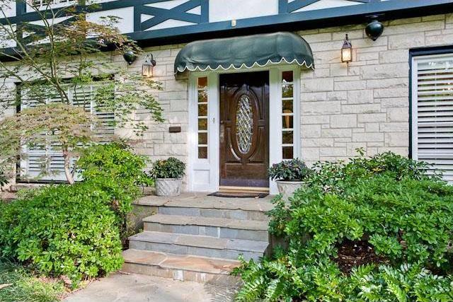 Sold Property   6616 Lakewood Boulevard Dallas, Texas 75214 2