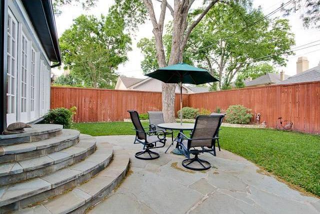 Sold Property   6616 Lakewood Boulevard Dallas, Texas 75214 22