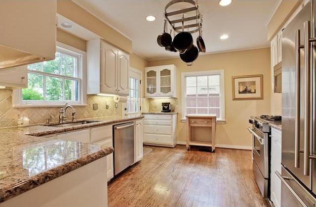 Sold Property   6616 Lakewood Boulevard Dallas, Texas 75214 8
