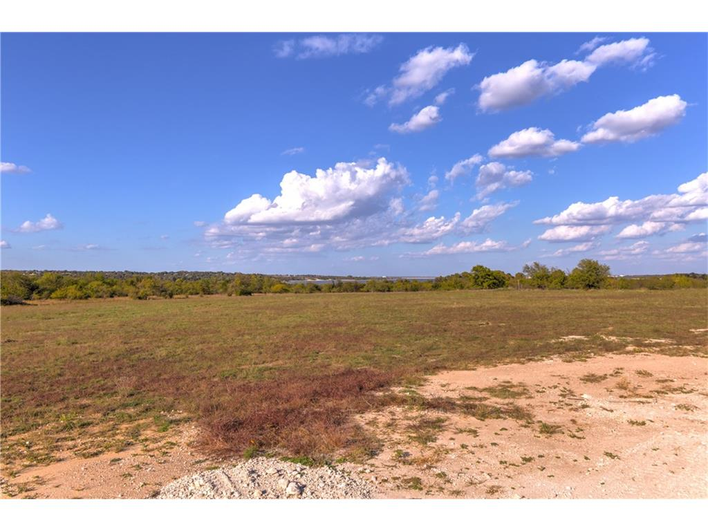 Sold Property | 8001 Hencken Ranch Road Fort Worth, Texas 76126 3